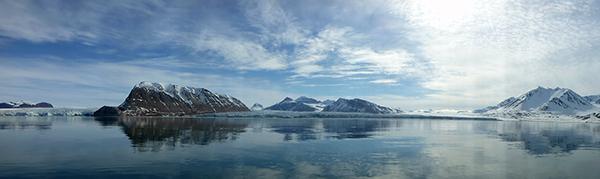 dag10-panorama-kronebreen