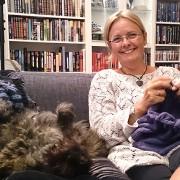strikkekrok-med-hund