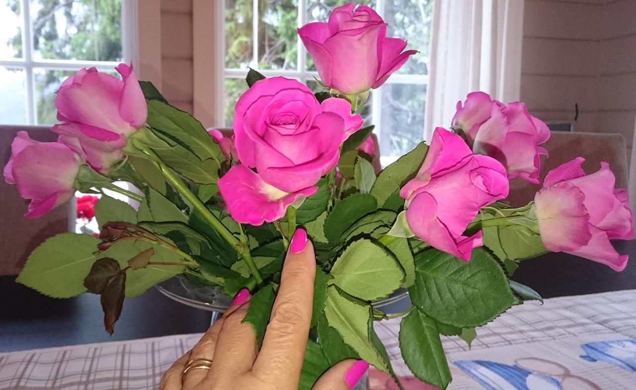 roser-og-negler